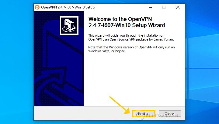 The OpenVPN installer shows the first wizard screen