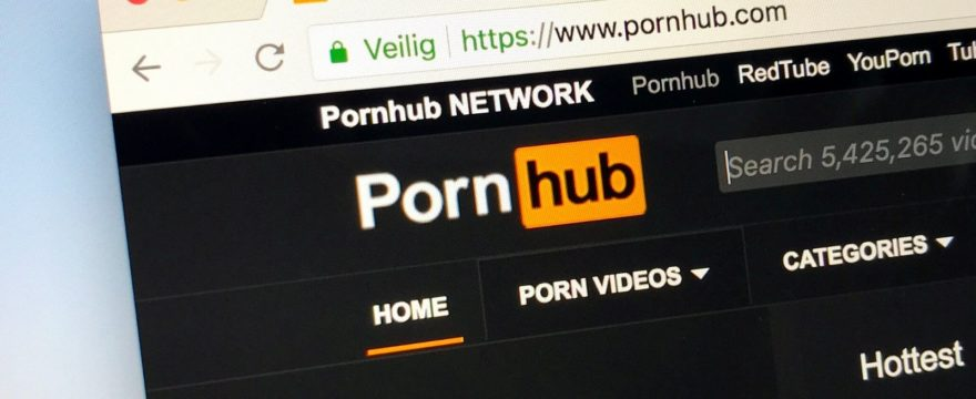 Don't Watch Any Porn Until You Read This (5 Good Reasons You Need a VPN for Porn)